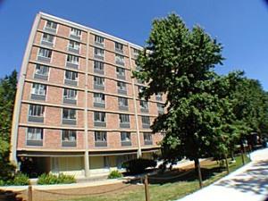 Dem Hiester dei Schtudentehaus uff em PSU Campus.