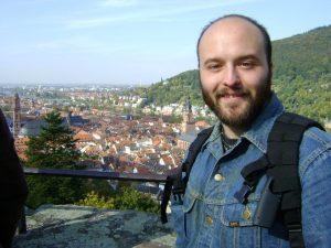 Do iss der Chris. In selle Pickder iss er in Heidelberg, Deitschland.