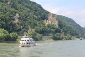Uff em Rhein.