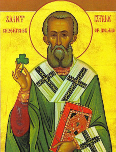 Der Patrick as Bischoff.